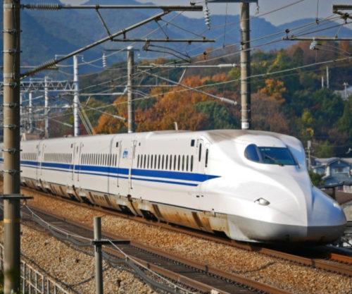 新幹線の予約はいつからできる?