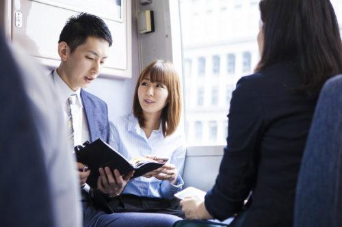 新幹線の座席の回転の仕方とマナーを徹底解説!違反行為に注意